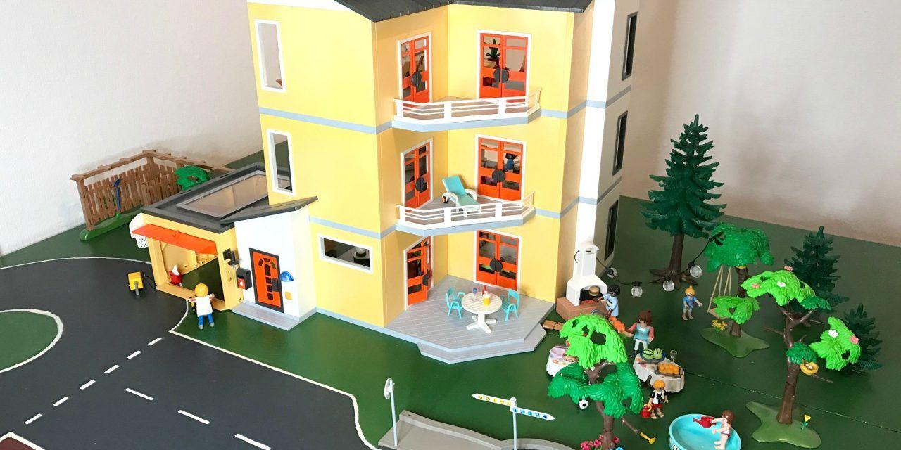 Playmobil – Modernes Wohnhaus + Einrichtung und Ergänzungen City Life – 9266