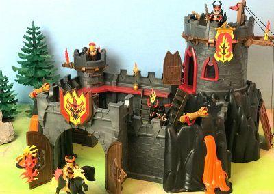 70221 Festung der Burnham Raiders