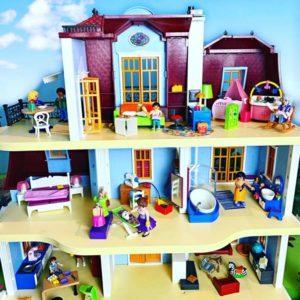 Großes Puppenhaus 70205